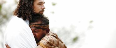 Membutuhkan Tuhan Dan Orang Lain